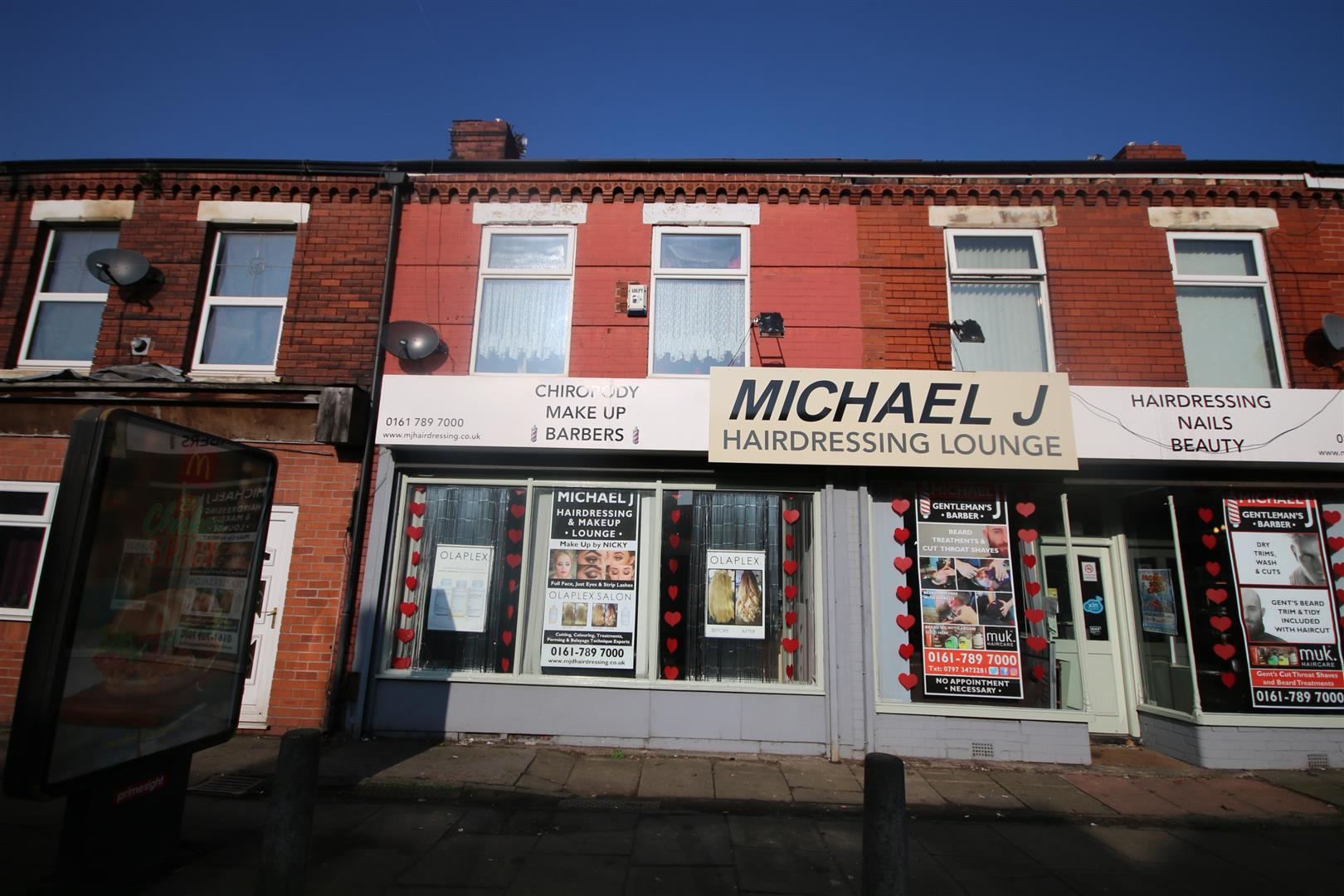 1 Bedroom Shop With Living Accommodation For Sale